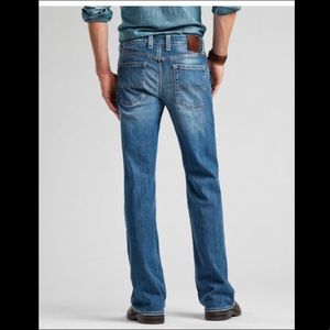 Lucky Brand 361 Vintage Straight Jeans in Nirvana